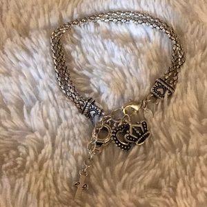 🤩 Premier designs charm bracelet 🤩